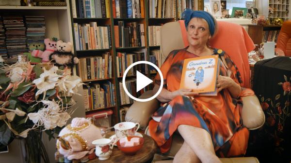 Grandma Z storyteller image
